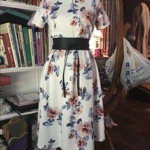 NWT Honey & Lace Napa dress
